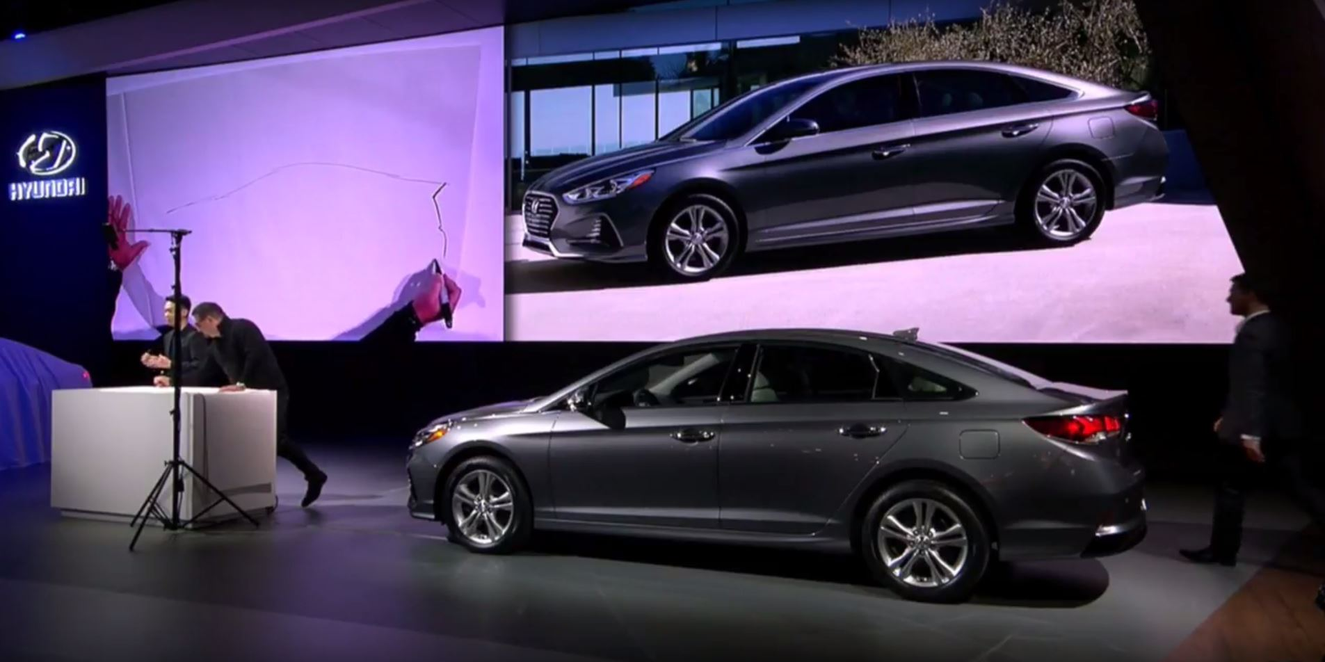 2018 hyundai sonata. wonderful sonata 2018 hyundai sonata sedan car reveal at 2017 new york international auto  show model redesign presentation intended hyundai sonata
