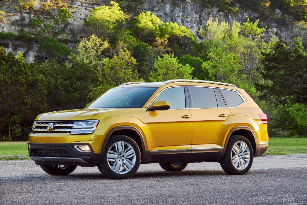 2018 volkswagen atlas price guide suv starts at 30 500 the news wheel. Black Bedroom Furniture Sets. Home Design Ideas