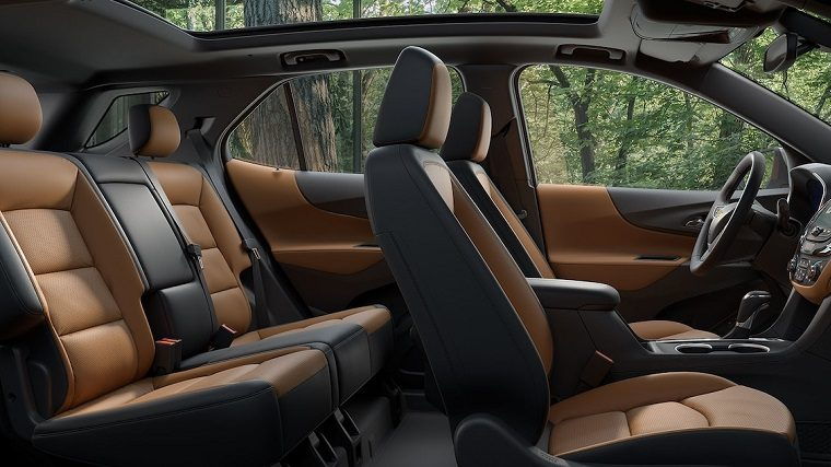 2018 Chevrolet Equinox interior