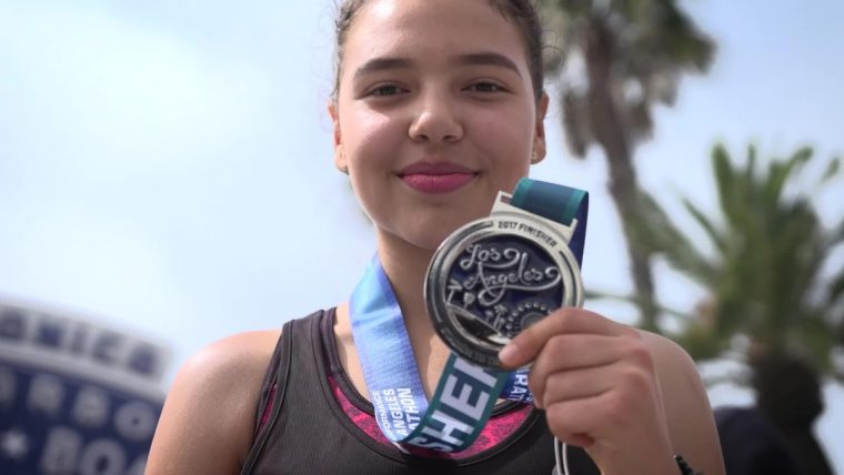 Honda's 20-year partnership with Students Run L.A. helps underserved middle and high school students realize their potential and plot a new course for their future by providing them with a life changing experience -- training for and completing the 26.2 mile Los Angeles Marathon.