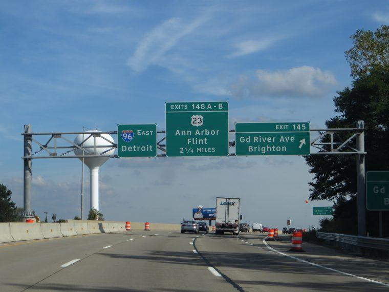 I-96 in Michigan approaching US 23 near Ann Arbor