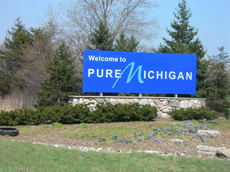 Welcome to Michigan sign