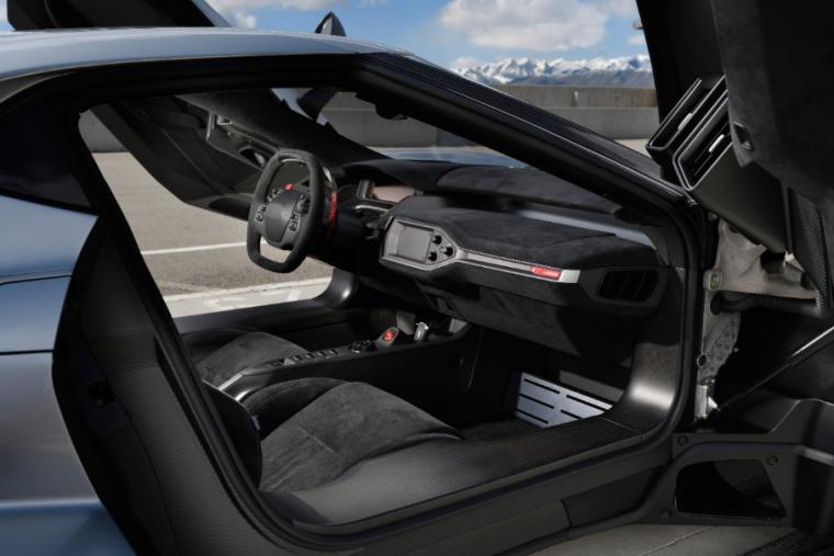 2017 Ford GT dash