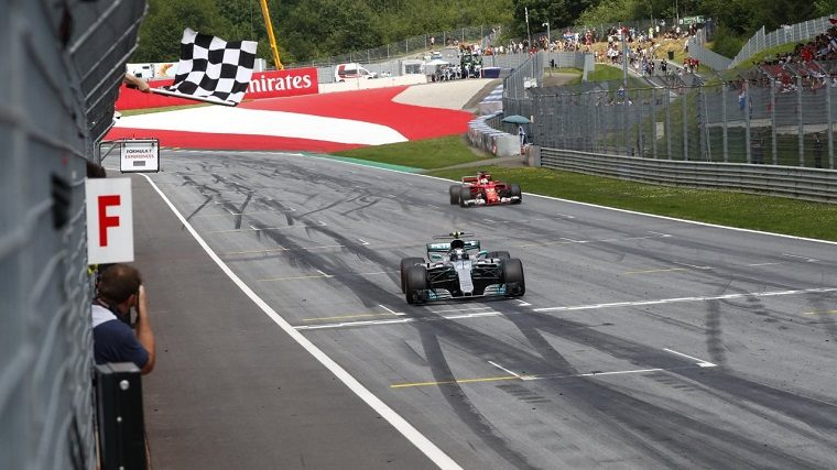Valtteri Bottas crosses the checkered flag