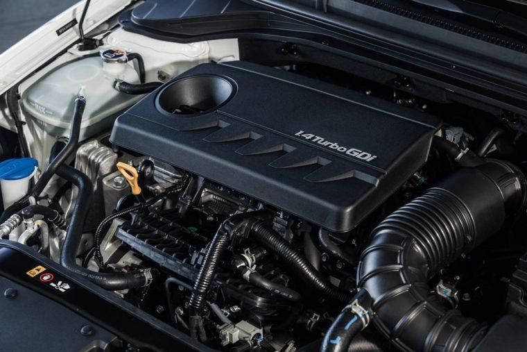 2018 Hyundai Elantra Sedan Overview car model details Eco engine