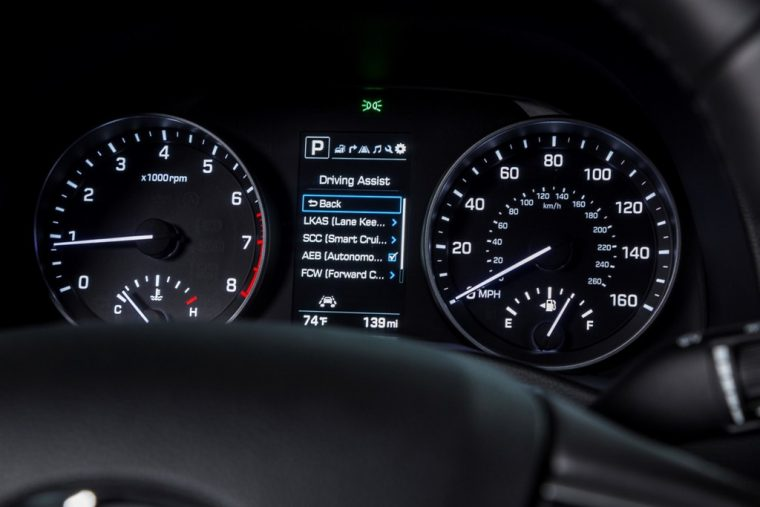 2018 Hyundai Elantra Sedan Overview car model details control panel