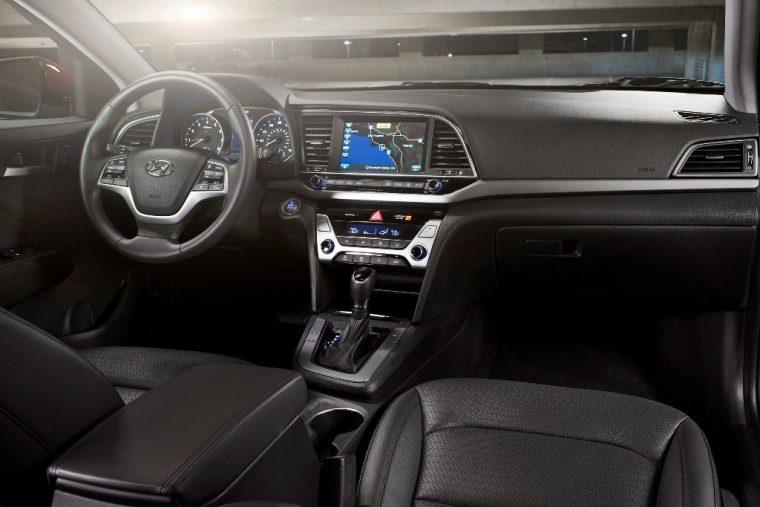 2018 Hyundai Elantra Sedan Overview car model details dashboard