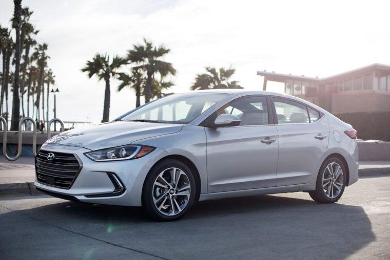 2018 Hyundai Elantra Sedan Overview car model details side profile view