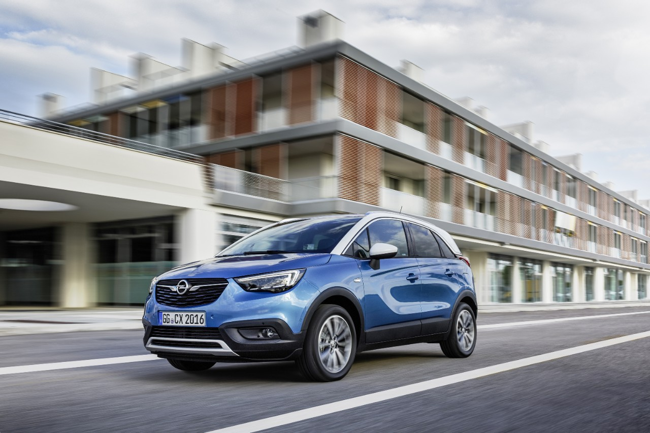 opel crossland x sales surpass 50 000 vehicles as deliveries begin the news wheel. Black Bedroom Furniture Sets. Home Design Ideas