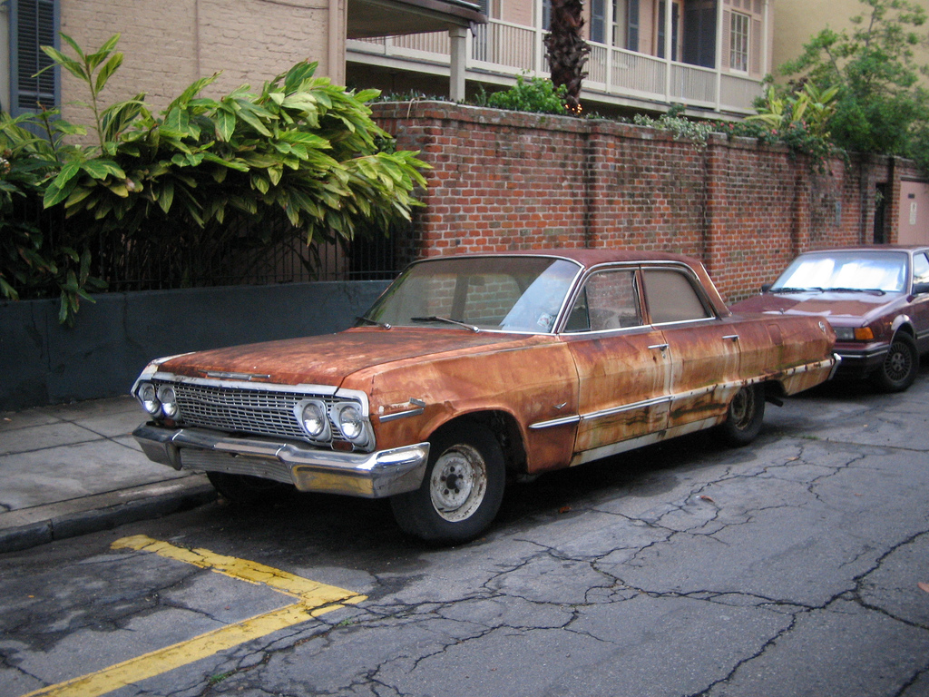 rusted car weird dumb car trends fads modifications rust paint fake the news wheel. Black Bedroom Furniture Sets. Home Design Ideas