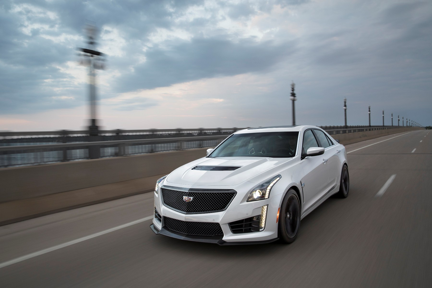 2018 cadillac cts v overview the news wheel. Black Bedroom Furniture Sets. Home Design Ideas