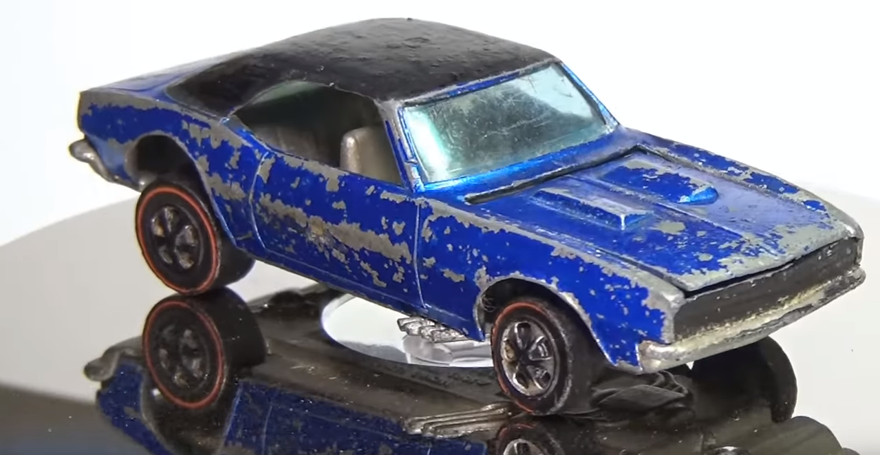 YouTube Hot Wheels Enthusiast Restores Classic 1968 Chevy ...