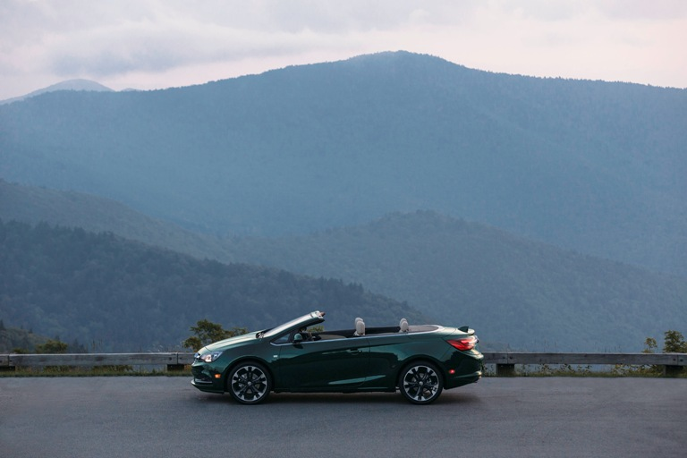 Buick adds three exterior colors to the 2018 cascada the for General motors internship summer 2018
