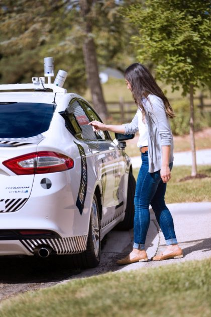 Ford Domino's Driverless Pizza Delivery Vehicle