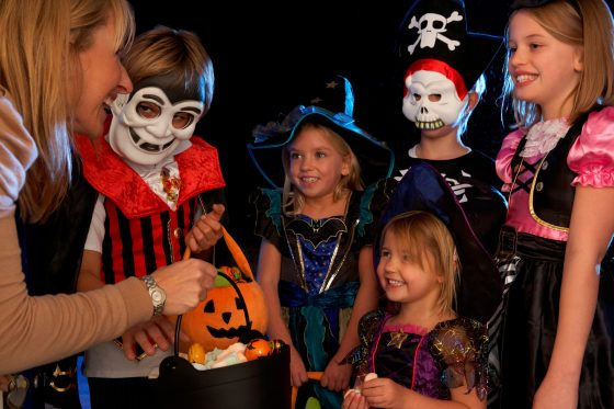 trick or treat diabetes Halloween tips for little ones: trick-or-treating with diabetes halloween candy  having type 1 diabetes herself for the last 25 years, holly hackman, a clinical.