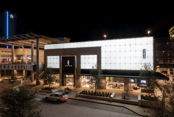 dallas lincoln experience center open at the star in frisco the news wheel. Black Bedroom Furniture Sets. Home Design Ideas