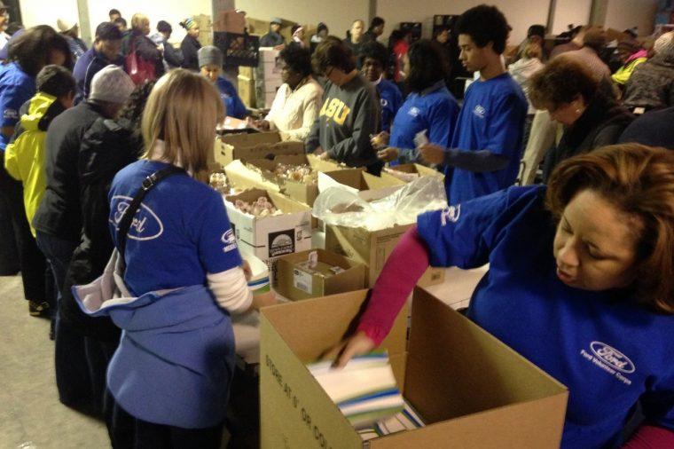Meals on Wheels Detroit Ford Volunteers