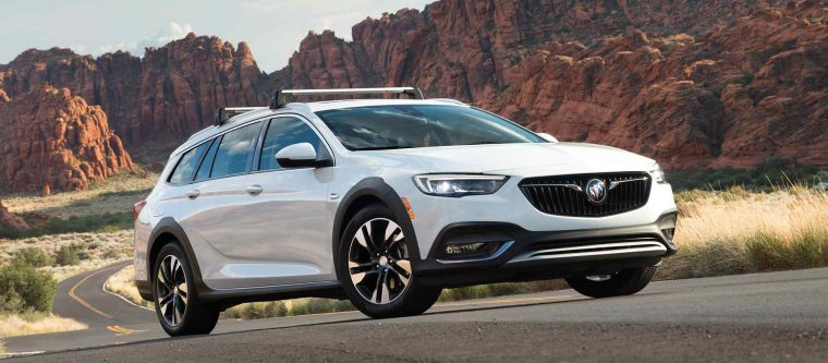 buick expects the regal tourx to make up 50 of its regal sales the news wheel. Black Bedroom Furniture Sets. Home Design Ideas