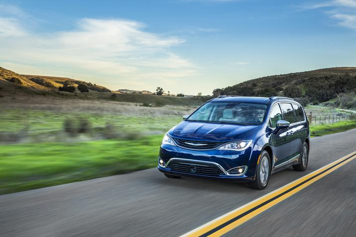 2018 Chrysler Pacifica Hybrid Overview The News Wheel