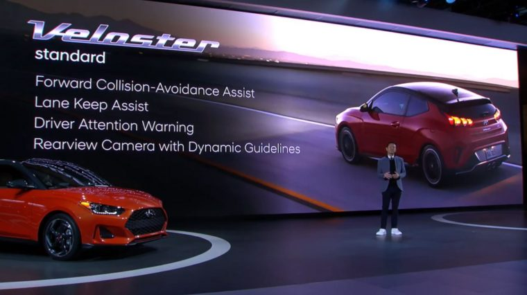 2019 Hyundai Veloster debut unveil at 2018 North American International Auto Show NAIAS press conference in Detroit model updates engine specs (2)