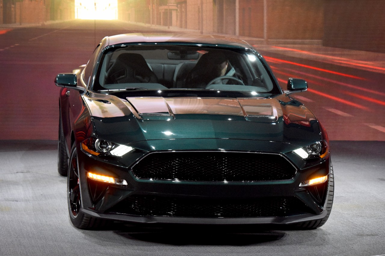 number one with a bullitt 2019 ford mustang bullitt pays proper homage to the steve mcqueen. Black Bedroom Furniture Sets. Home Design Ideas