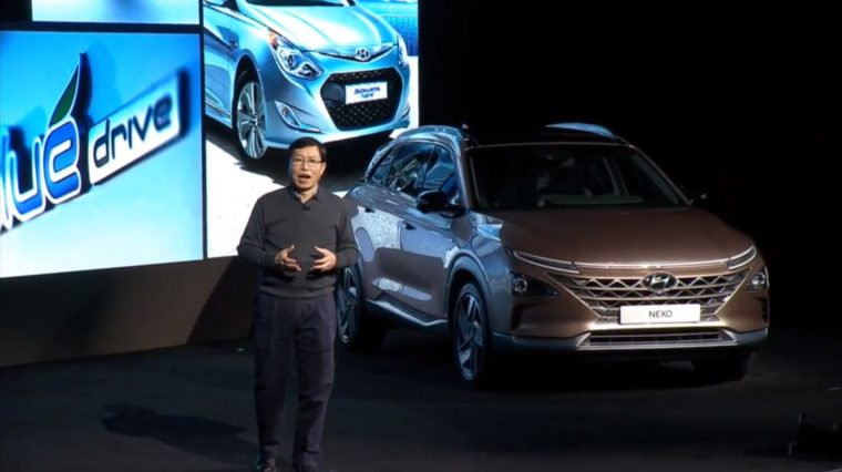 Hyundai NEXO fuel cell vehicle crossover new model release reveal CES Show 2018 (1)