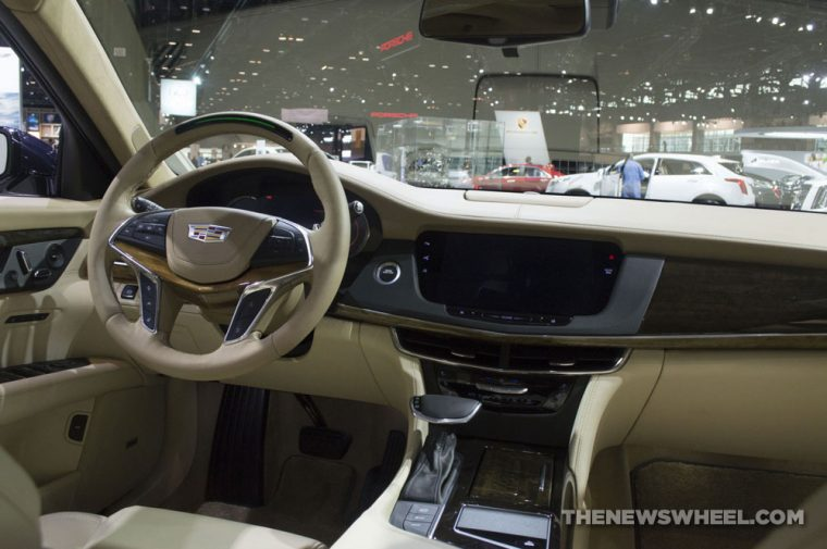 Cadillac CT6 user experience and features