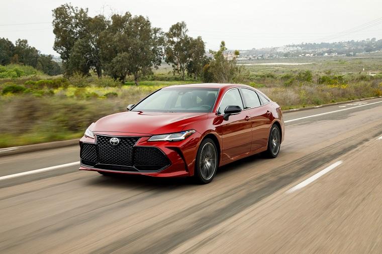 2019 Toyota Avalon, Corolla Hatchback & 2018 Camry Earn ...