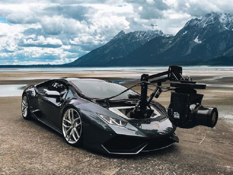 Brand Of Car >> Lamborghini Huracán Converted into World's Fastest Camera Car - The News Wheel