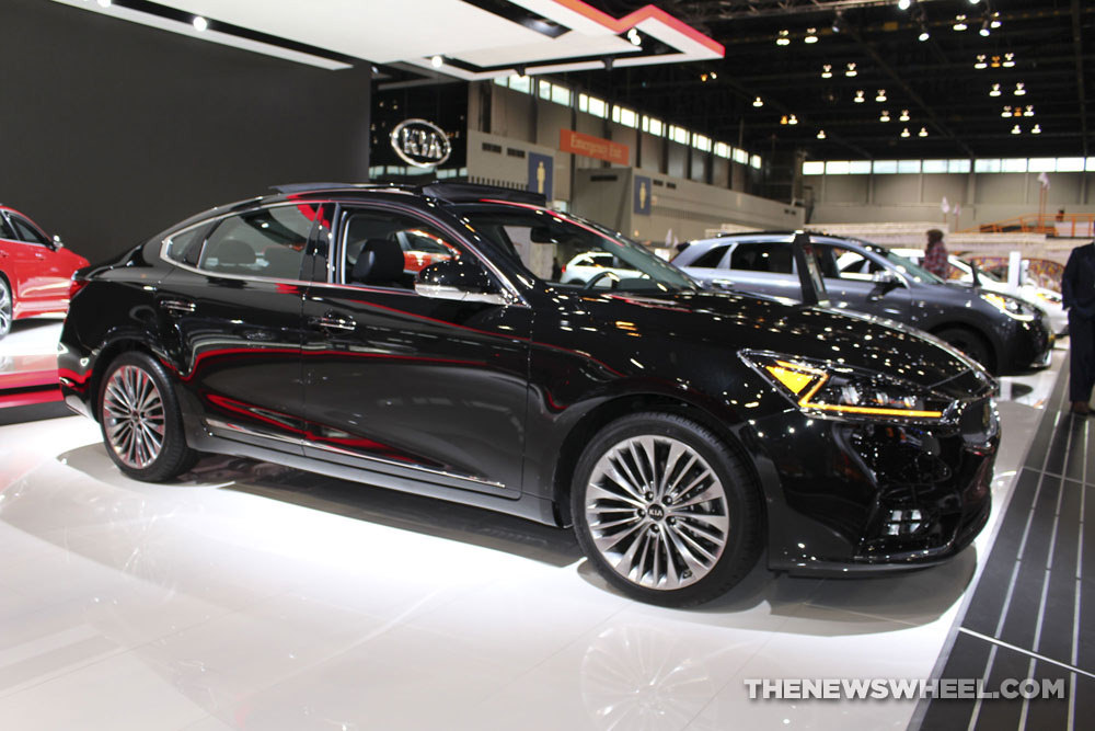 u s news world report names kia cadenza one of the safest cars for 2018 the news wheel. Black Bedroom Furniture Sets. Home Design Ideas