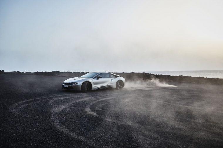 2019-bmw-i8-coupe-03