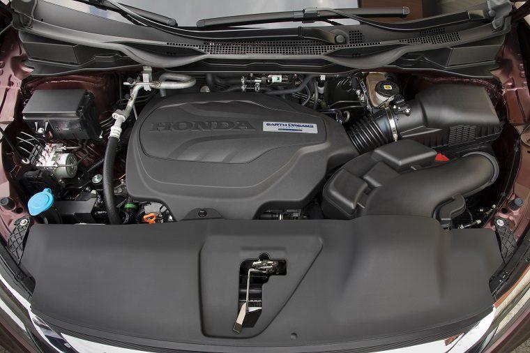 2019 Honda Odyssey engine bay
