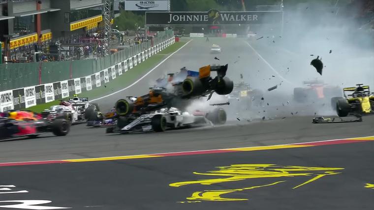 First corner crash at 2018 Belgian Grand Prix