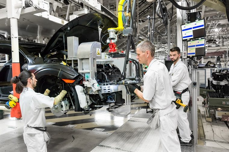 Workers at Honda's Swindon Facility