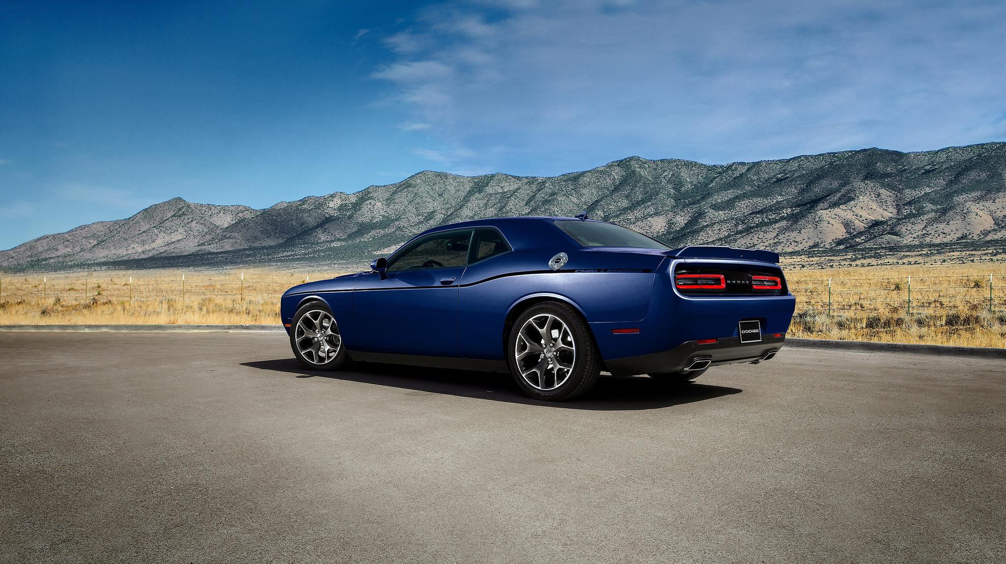 2018 Dodge Challenger SXT Delivers Sporty Performance ...