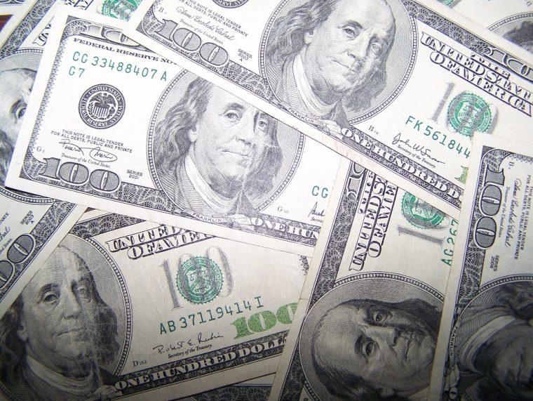 money one hundred dollar bills