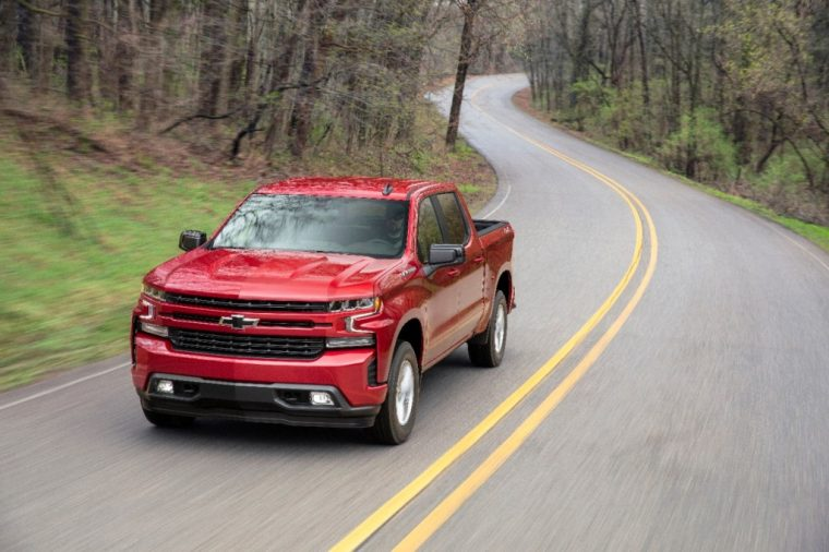 chevy silverado s 6 2 liter v8 honored on wardsauto 10 best engines list the news wheel. Black Bedroom Furniture Sets. Home Design Ideas