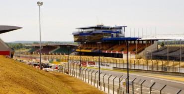 Nissan Cars in Le Mans Race