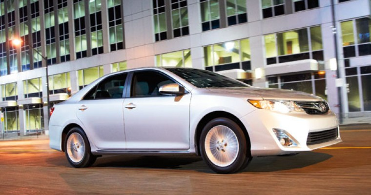 2013 Toyota Camry Has Easy-to-use Tech