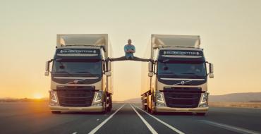 Actor Van Damme Splits Between Moving Volvo Trucks Because He Can
