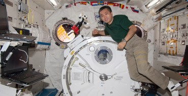Kirobo and Commander Wakata Have First Conversation Aboard ISS