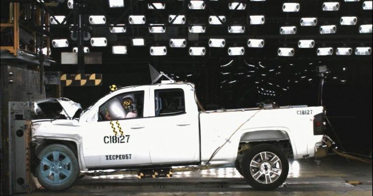 2014 Chevy Silverado 1500 and GMC Sierra 1500 Are 5-star Safety Winners