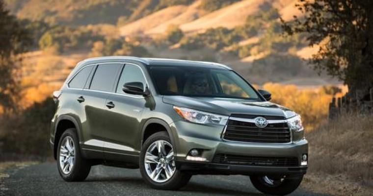 Toyota Highlander Hybrid Wins Green Fleet Vehicle of the Year Award