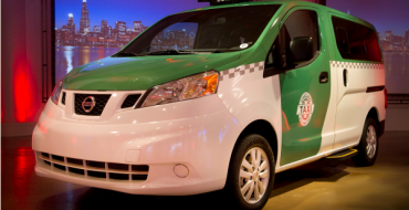 Nissan Unveils Customized Chicago NV200 Taxi at 2014 CAS
