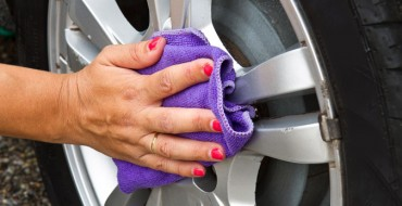 9 Simple Ways to Spring Clean Your Car