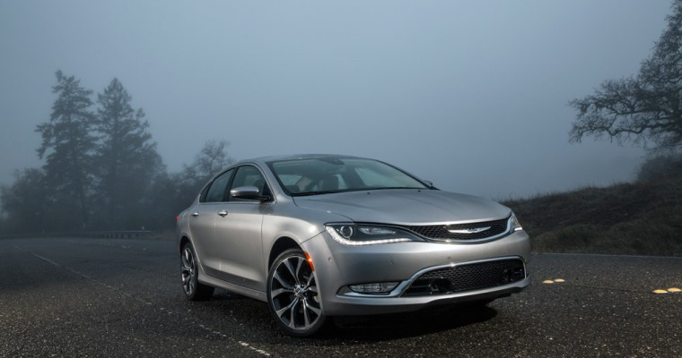 2015 Chrysler 200 Would Like to Remind You That it is American