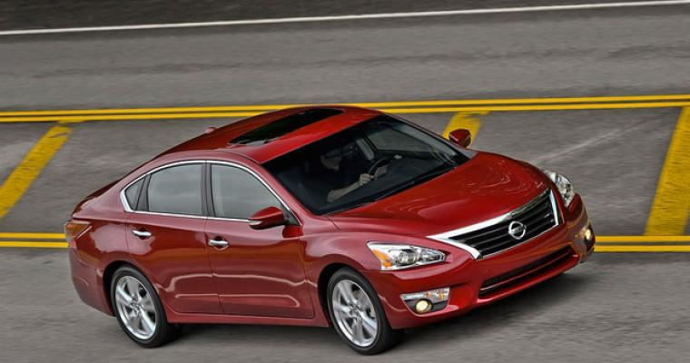 2014 Nissan Altima Recognized by Edmunds.com