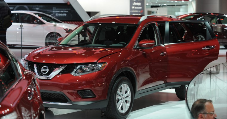 2014 Rogue Named Best Crossover in Parents and Edmunds List