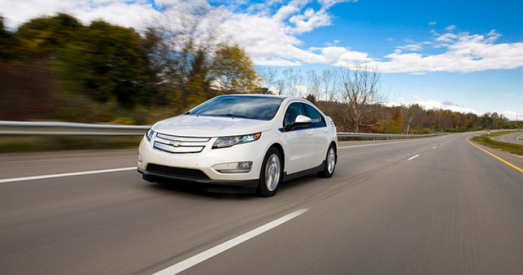 2015 Chevy Volt Overview