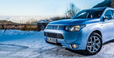 Outlander PHEV Wins Towcar of the Year Award for Innovation
